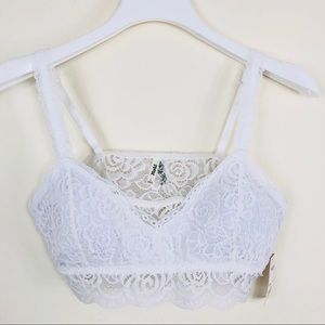 Mudd White Lace Bralette Size Large NWT